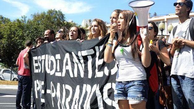 Estudiantes-Pre-Parados-conovoca-febrero-Canarias_TINIMA20130114_0240_5