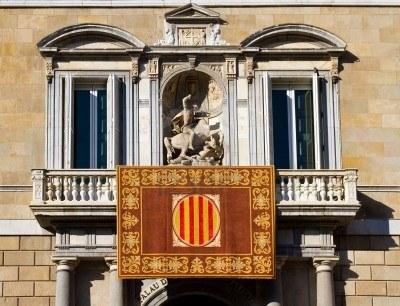 11739830-barcelona-palau-de-la-generalitat-de-catalunya-el-palacio-alberga-las-oficinas-de-la-presidencia-de