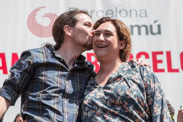 Iglesias-Colau-Barcelona-ENRIC-CATALA_EDIIMA20150509_0355_5